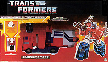 Transformers Generation 1 Optimus Prime (Powermaster) with HiQ