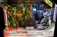 Transformers Universe Dirge vs. Autobot Roadbuster (Target exclusive)